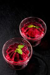 赤いゼリー Beautiful cold delicious red jelly