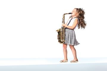 a female gradeschooler saxophonist