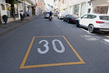 Rue limitée à trente kilomètres heure