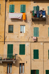 Fototapete - Old residential building in Siena, Tuscany, Italy