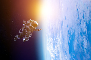 Fototapete - Astronaut on space mission