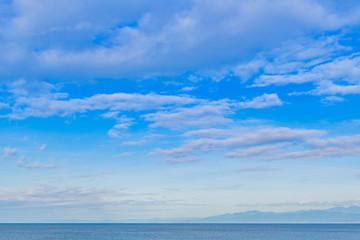 Foto op Plexiglas Hemel 静岡県沼津市千本浜海岸の海と青空