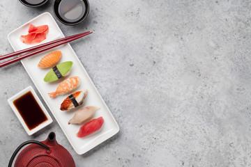 Spoed Foto op Canvas Sushi bar Japanese sushi set