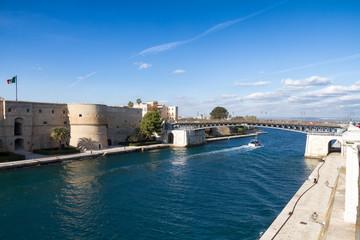 Aluminium Prints City on the water Taranto, Puglia