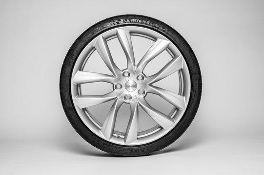 Tesla Arachnid Wheel