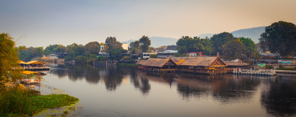Fototapete - Sunrise over the river Kwai, Kanchanaburi, Thailand. Panorama