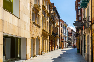 Oviedo street view