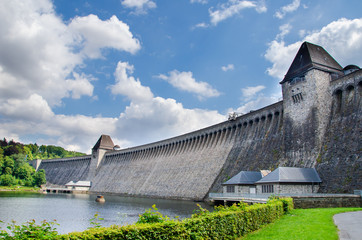 Türaufkleber Nordeuropa Old water dam. Mohnesee Dam.