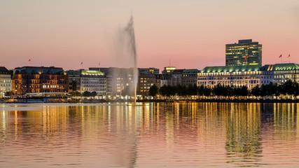 Jungfernstieg Hamburg am Abend HD Format