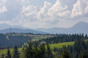 Fototapeten Gebirge The majestic view of the beautiful mountains. Relaxing travel background. Tourist routes. Carpathians. Ukraine. Europe.