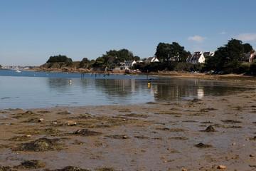 Plage Treno à marée basse dans le Golfe du Morbihan