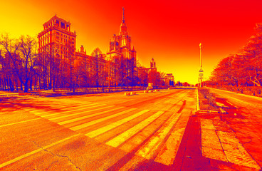 Photo sur Plexiglas Rouge Vibrant wide angle view of long avenue of spring sunny campus of Moscow University with yellow zebra crossroad under blue clean sky