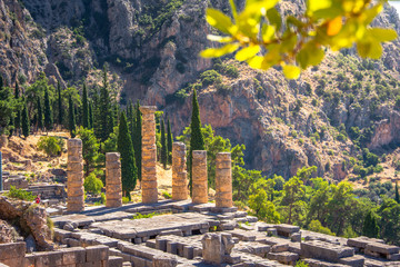 Fotomurales - The temple of Apollo in Delphi, Greece