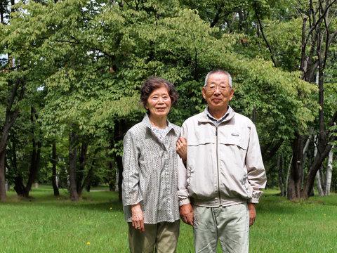 元気な80代の老夫婦