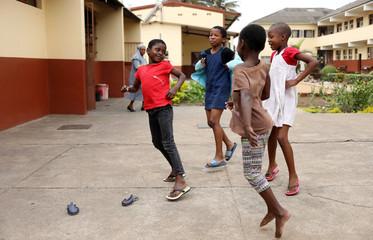School children play at the Casa Madre Maria Clara (Mother Maria Clara House)