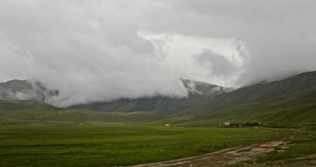 Foto op Plexiglas Onweer Beautiful scenery of the lowlands and hills of the middle-east with lakes and snowy surfaces