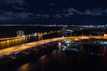Wall Mural - Macarthur Causeway Miami over Biscayne Bay at night