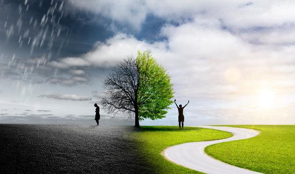 Silhouette einer Frau in einer Landschaft mit unterschiedlichen Emotionen