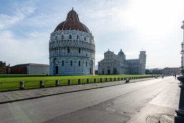 panorama piazza dei miracolo Pisa