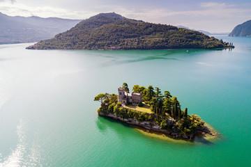Lago D'Iseo (IT) - Isola di Loreto - vista aerea Wall mural
