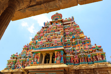 Fototapete - Srirangam, is one of the most famous temples of Lord Vishnu