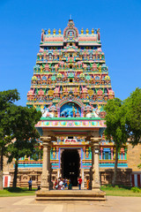 Fototapete - Beautiful Traditional Hindu temple in India