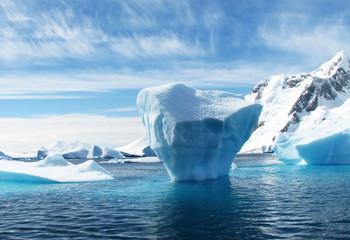Foto auf AluDibond Antarktika iceberg in antarctica