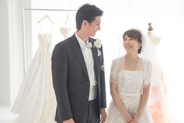 結婚式前のカップル