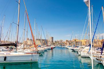Fototapeten Barcelona Marseille cityscape, France