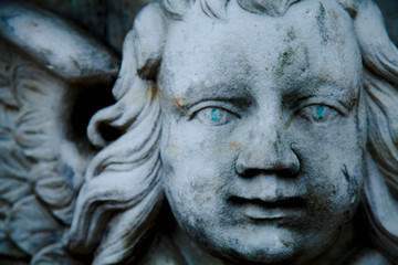 Fototapete - Death. Close up angel as symbol of pain, fear and end of life. Ancient statue.