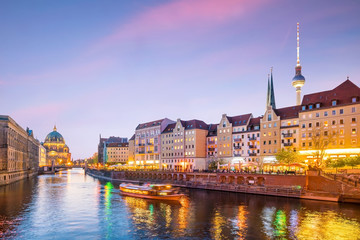 Aluminium Prints Berlin Berlin skyline with Spree river at sunset twilight