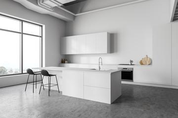 White kitchen corner with bar