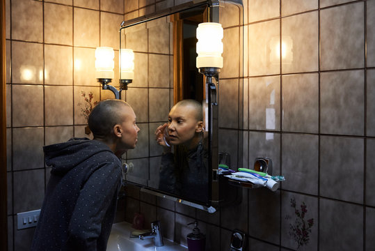 Hairless looking mirror home.