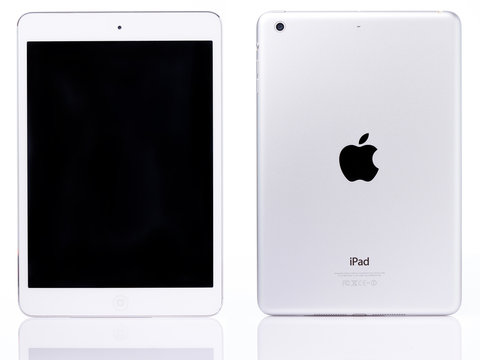 White ipad mini tablet
