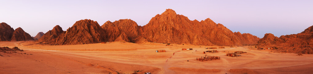 Photo sur Aluminium Brique Red rocks on Sinai