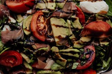 Salad with smoked salmon and balsamic vinegar
