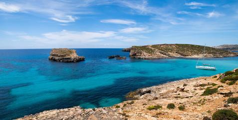 Fototapete - Gozo and Comino islands