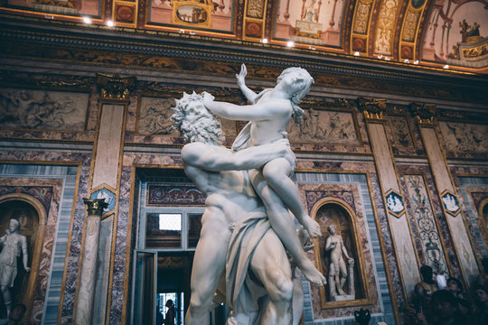 Baroque marble sculpture Rape of Proserpine by Bernini 1621 in Galleria Borghese