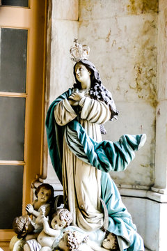statue of virgin mary with jesus, in Lisbon Capital City of Portugal