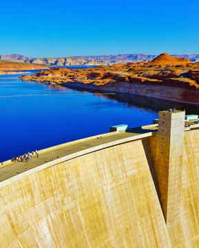 View of Glen Canyon Dam built on the Colorado River in northern Arizona, USA.