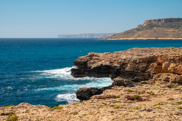 Fototapete - altese coast. Cliffs by the sea.
