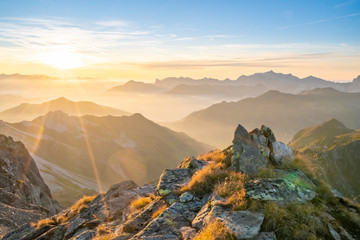 Fototapete - Sonnenuntergang in den Alpen