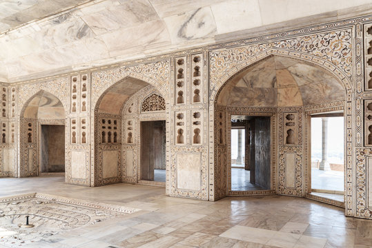 Gorgeous view of the Diwan-i-Khas at the Agra Fort, India