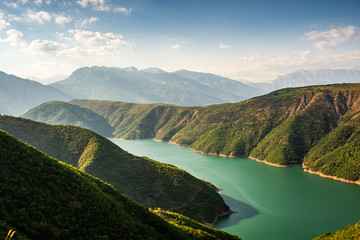 Fototapeten Blau Jeans Fierza reservoir in Albania between Kukes and Fierze
