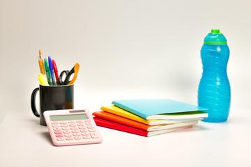 ArtículoArtículos escolares de papelería variadoss escolares