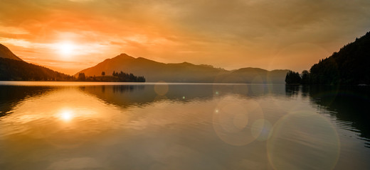 Walchensee im Morgenrot