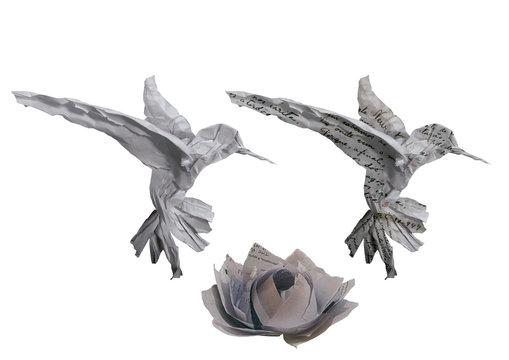 beija flor de papel amassado