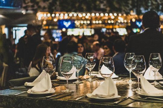 Resto Bistro Mood / Restaurant Food Nightime