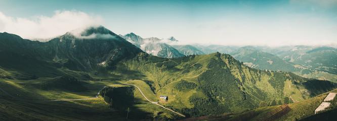 Panoramablick von der Kanzelwand Bergstation Richtung Oberstdorfer Hammerspitze, Kleinwalsertal, Österreich