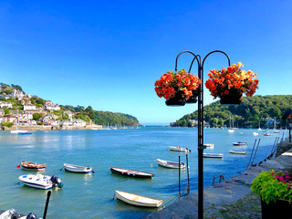 Papiers peints Amérique du Sud Panorama of Bayard's Cove Dartmouth Devon where the Pilgrim Fathers sailed from to the Americas, an area of outstanding beauty the South Hams in the Wast Country of England